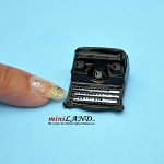 Old style typewriter dollhouse miniature 1:12 scale