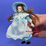 XC007 Heidi Ott Dolls House Doll, Young Girl in a Blue & White Dress