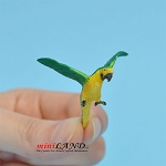 Wing Macaw for 1:12 scale dollhouse miniature