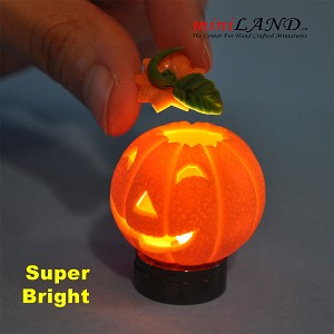 Halloween Pumpkin bright battery LED LAMP 1:12 on/off switch hop01
